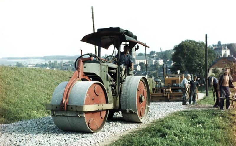 Strassenbau in Lengenfeld um 1965